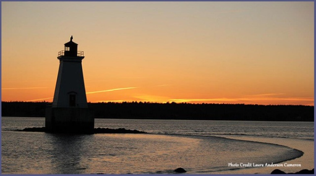 Sandy-Point-Lighthouse-1-WB